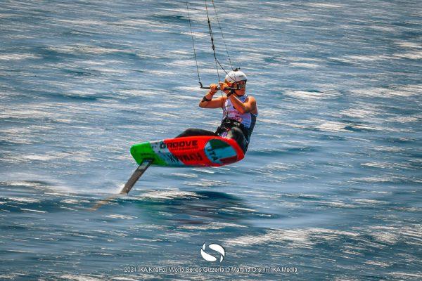 Gin-Kiteboarding-Flymaax-Kitefoil-World-Series-Gizzeria-2