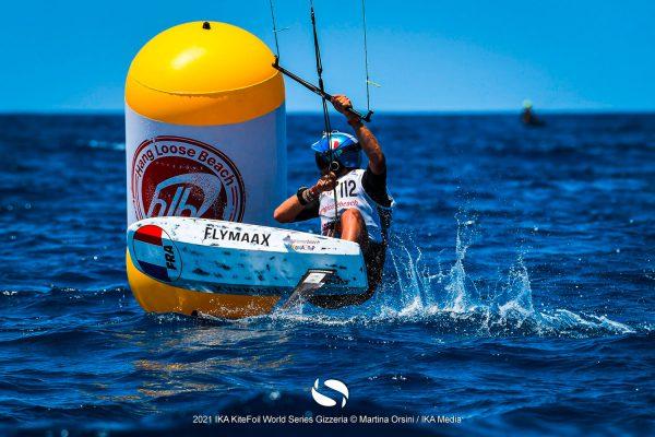 Gin-Kiteboarding-Flymaax-Kitefoil-World-Series-Gizzeria-5