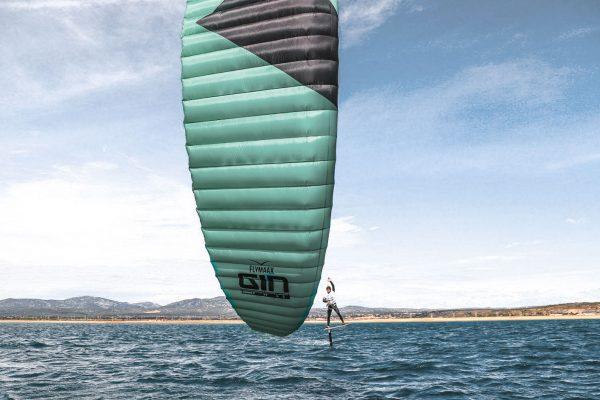 Gin-Kiteboarding-spirit-speed-world-record-thomas-lombardo-6